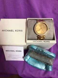 🚚 全新金色MK手錶(真品)