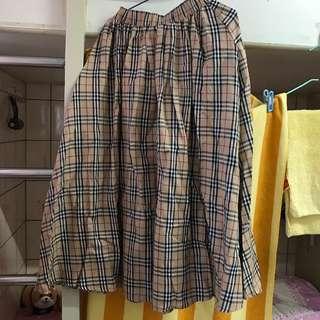 🚚 格子長裙