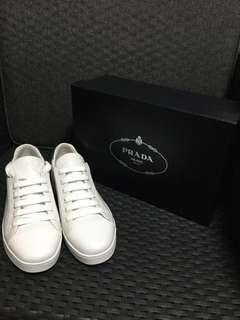 🚚 Women Prada White Sneakers
