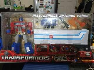 Hasbro Transformers Masterpiece Optimus Prime MP-10 Back in Box Mint Condition