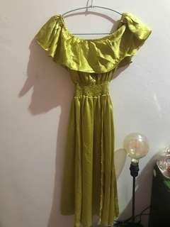 Sabrina dress belah depan kuning