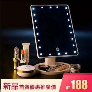 🚚 【新品優惠,現貨供應,網美必備】LED 化妝鏡全新22燈360度旋轉鏡面USB電池皆可使用梳妝鏡 公主鏡 化妝鏡子