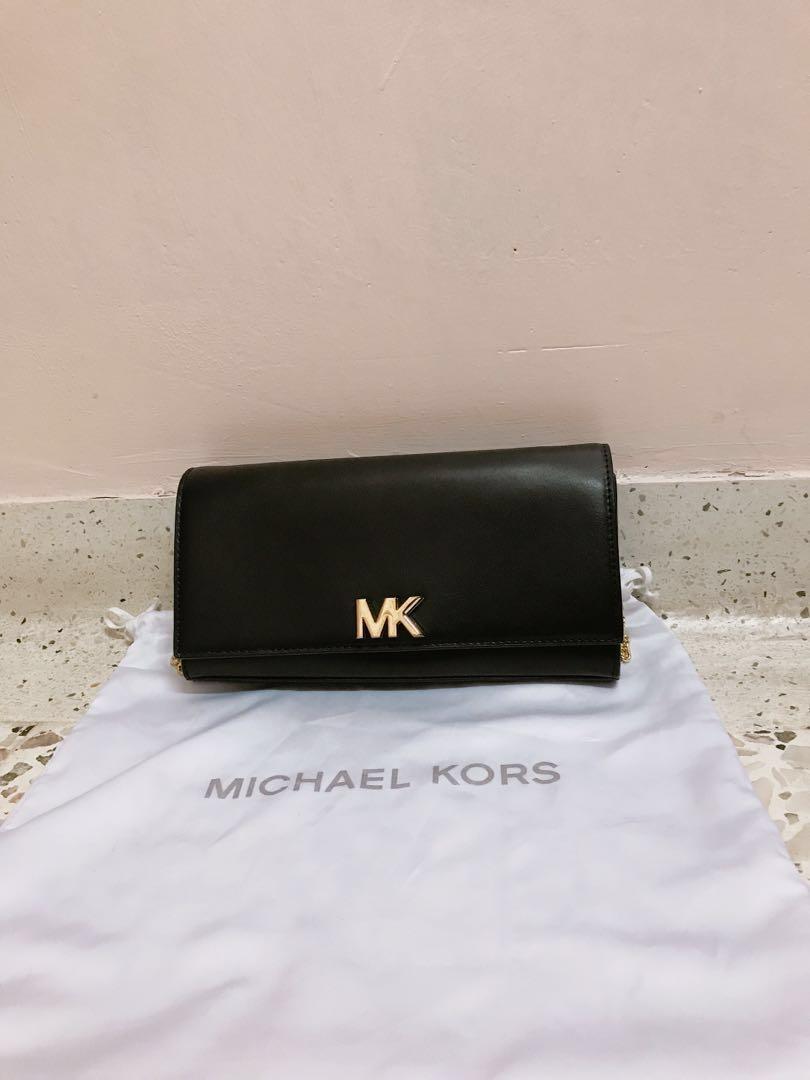 295839952c19 MICHAEL KORS (MK) Mott Black Leather Shoulder Bag, Women's Fashion ...
