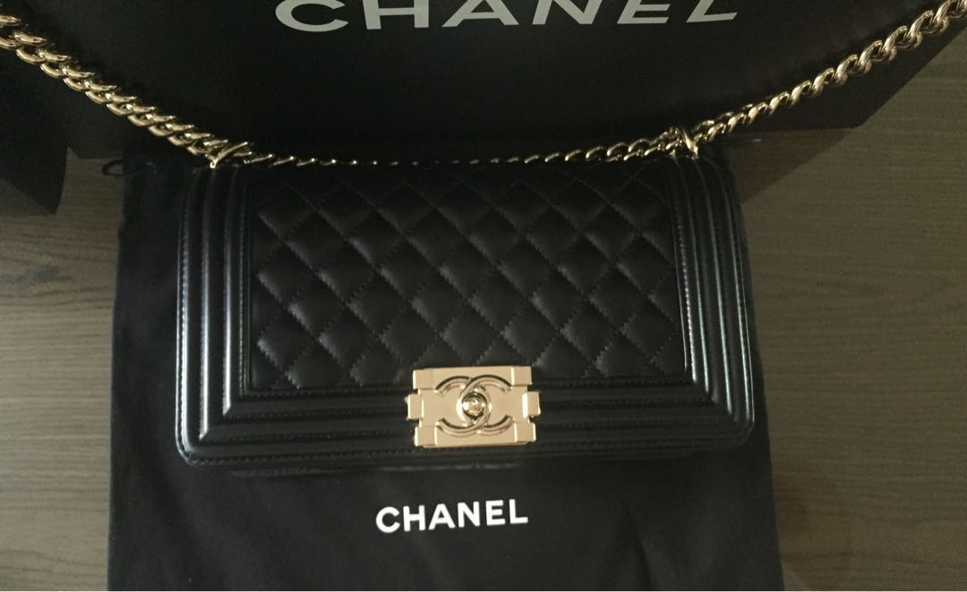 933e612dc28df1 ️Price Reduce ⬇ Chanel Le Boy Bag GHW new medium for sell ...