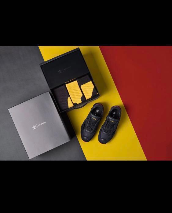 2fae531c4 RAF SIMONS OZWEEGO REPLICANT Belgium !, Men's Fashion, Footwear ...