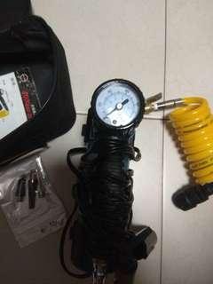 車用家用兩用12V打氣泵,連4個頭可水泡充氣