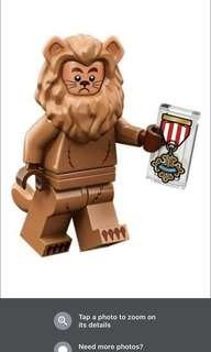 Trade Lego Lion with another Lego costume minifigure like giraffe or crayon or others