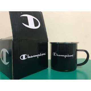 Champion metal cup