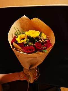 Rose and Sunflower Valentines Bouquet
