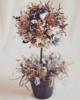 Artistic Dried And Preserved Flowers Tree