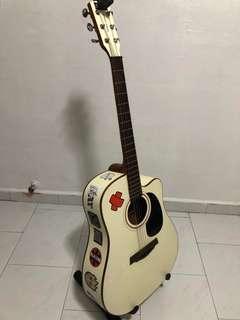 Morgan Monroe Acoustic Guitars