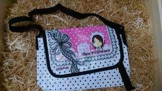 New 新 小女孩袋 girl bag