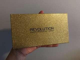 Make-Up Revolution VIP palette
