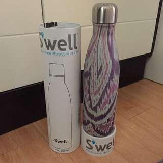全新美國Swell 保温瓶 500ml, 雙層真空不鏽鋼 保溫杯 保暖杯 保冷杯 保溫水杯 保冷水杯 (木紋最受歡迎)