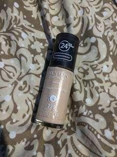 Revlon Colorstay Natural Beige 220 Oily Foundation