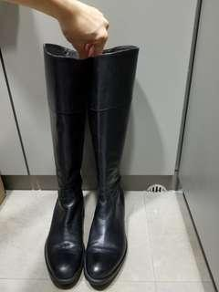 Leather boots from staccato