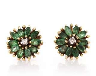 Exquisite Diamond Emerald 14K Yellow Gold Cluster Floral Stud Earrings