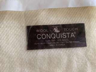 🚚 CONQUISTA 白色圍巾