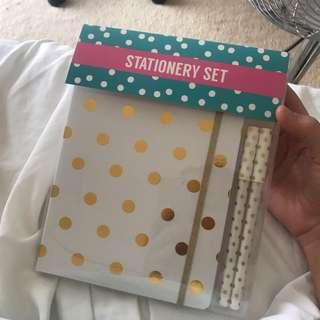 Notebook and pen stationary set