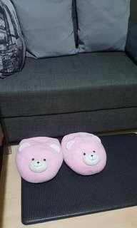 Bearhuggs indoor bedroom slippers
