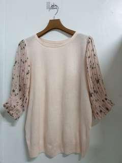 🚚 粉色系 圓領百褶袖 造型 上衣