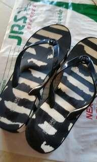 Orig Michael kors slipper toe stripe