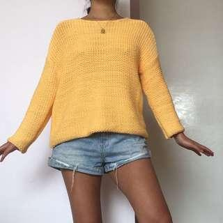 ZULU AND ZEPHYR YELLOW KNIT JUMPER