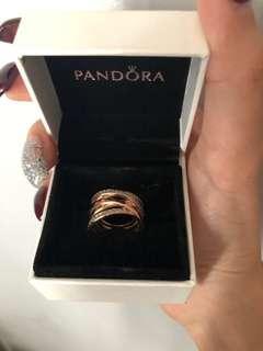 PANDORA entwined rose gold ring