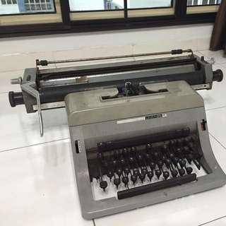 Antique Ribbon Typewriter
