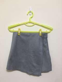 🚚 灰色毛呢短褲裙