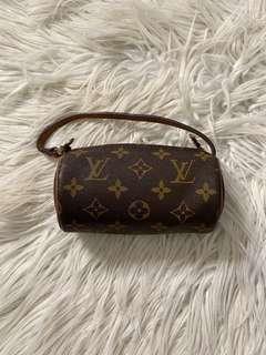 Louis Vuitton Papillon Monogram Pochette