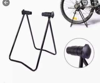 Standing Parkir Sepeda