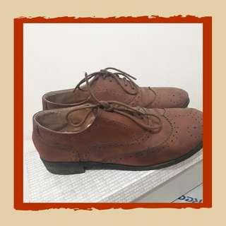 Oxford Shoes by Nevada