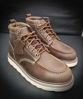 🚚 Men work boots