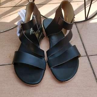 Black strappy chunky sandals white double buckle blogger festival leather look windsor smith cotton on rubi kookai novo billini