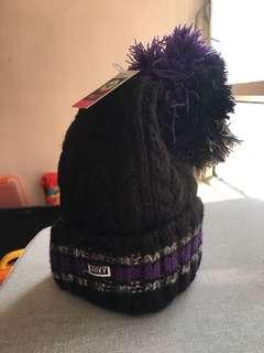 全新Roxy 紫色拼黑色冷帽