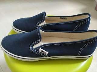 Vans藍色布鞋