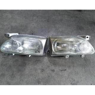 Nissan Serena C23 Head Lamp