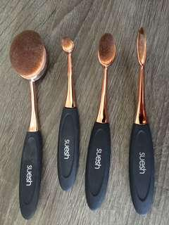 Suesh Oval Brushes - Rose Gold