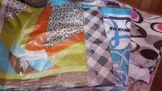 全新絹布仿絲巾4條 包平郵📮