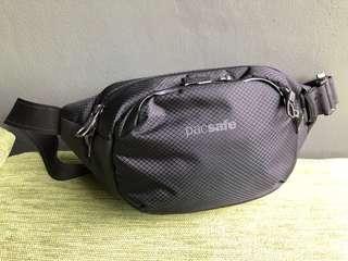 Pacsafe Venturesafe X Anti-Theft Waistpack (Black)