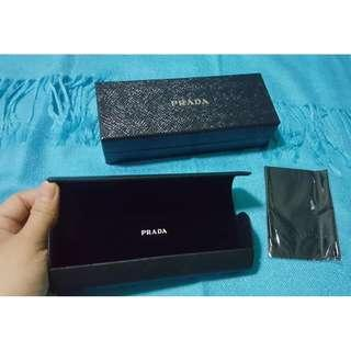Branded Eyeglass Case (From the US)