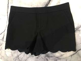 BRAND NEW Club Monaco Black Wool Shorts with Scallop edges BNWT - Size 0/XS