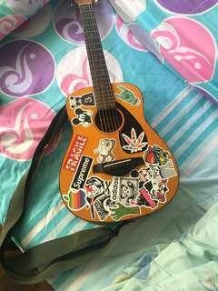 Yamaha Travel Guitar
