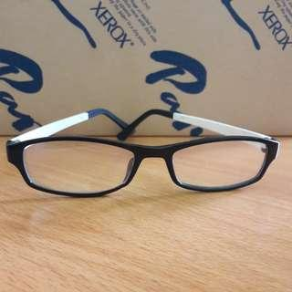 New Kacamata Bening Fashion Import Keren Bs Ganti Lensa Frame Hitam Gg Putih Lentur