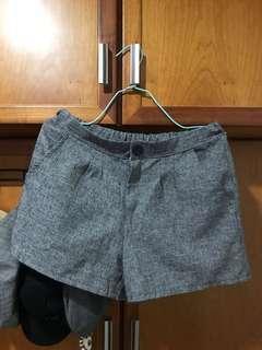 成套休閒西裝褲與西裝背心外套