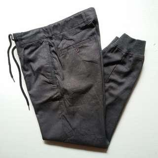 ORIGINAL JOGGER HARE GOOD 98% SIZE 30-29