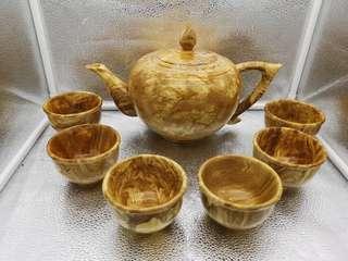 怒木茶壶摆件。