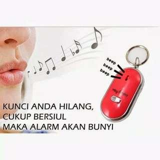 KONDISI BARU!! Gantungan kunci siul on off alarm mobil motor key finder
