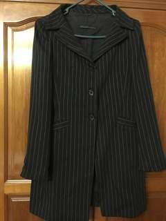 Edmundser knee length Jackets together with skirt.        Condition 9/10